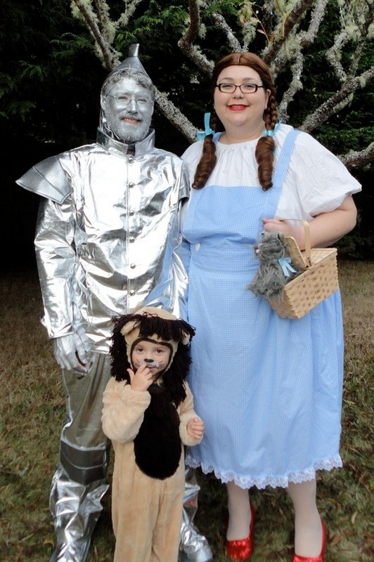 classic gallery   plus size and super size costumes customer