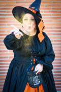 customer wearing Harvest Witch Renaissance plus size Halloween costume