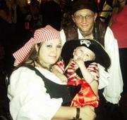 customer wearing plus size Renaissance Pirate Halloween costume