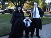 customer wearing plus size Renaissance Gothic Witchy Woman Witch Vampire family Vampiress Dracula Halloween costume in black