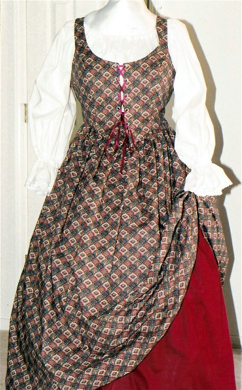 plus size renaissance gown dress deluxe limited edition package with patterned fan burgundy bodice and skirt skirt and white peasant shirt