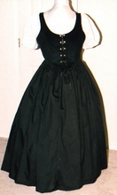 plus size renaissance gown dress halloween costume with black bodice corset and white short-sleeved peasant shirt and black skirt